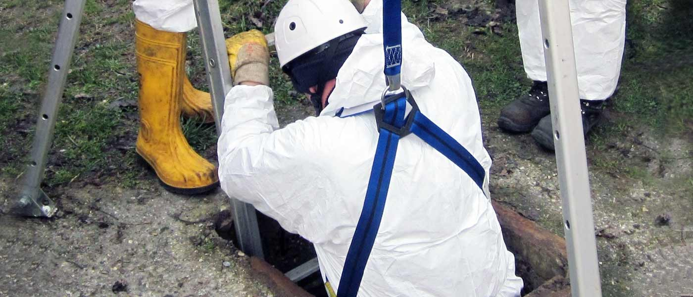 Confined Spaces - Come lavorare in sicurezza e operare in caso di emergenza